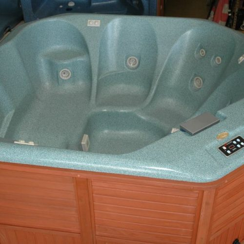 jacuzzi hot tub cirrus in San Antonio