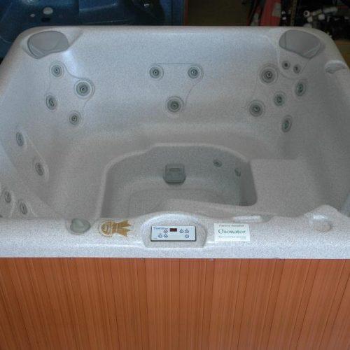 jacuzzi hot tub monarch in San Antonio