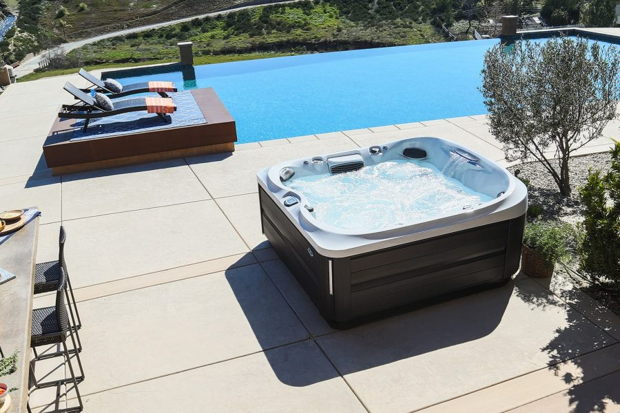 jacuzzi-hot-tub-installation